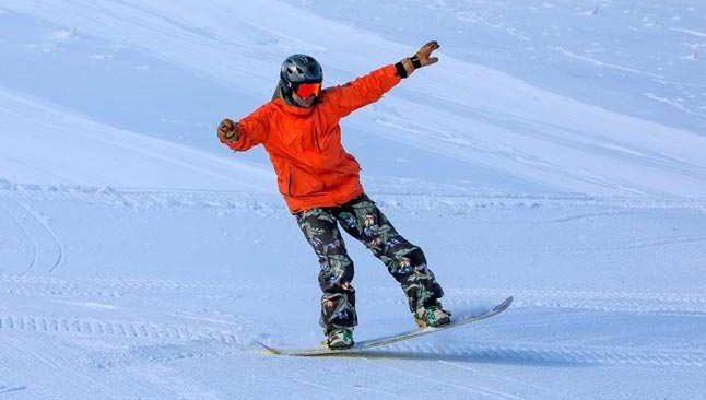 Saklıkent'e kar geç yağsa da, sezon hızlı açıldı
