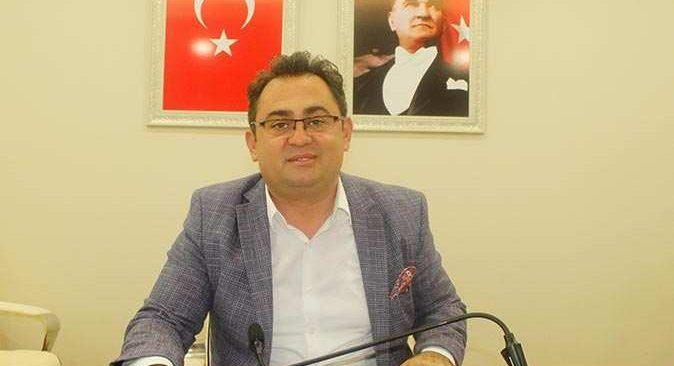 İbradi Belediye Başkanı Serkan Küçükkuru'dan yeni parti çıkışı