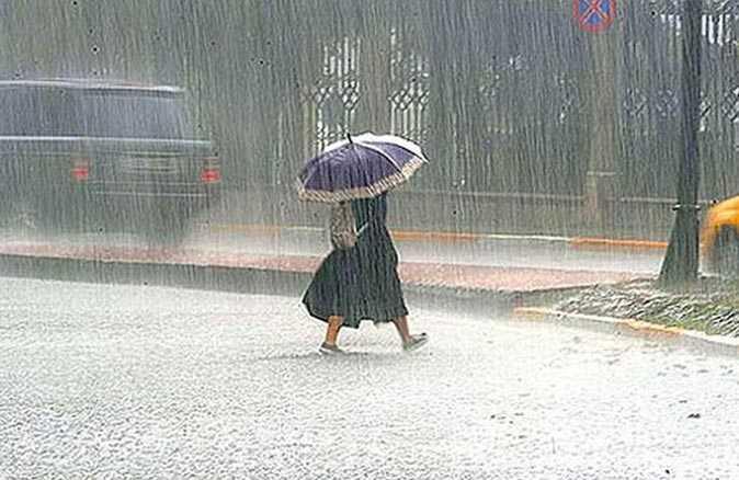 Meteoroloji'den Çanakkale, Balıkesir, İzmir ve Aydın'ın kıyı kesimleri için sel uyarısı