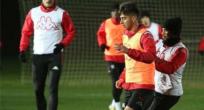 Antalyaspor, Konyaspor maçına hazırlanıyor