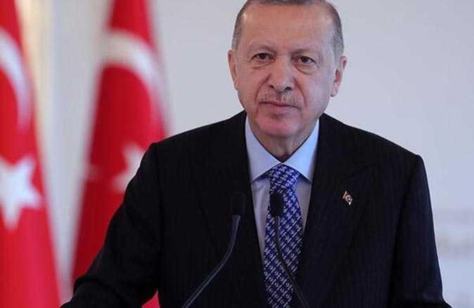Cumhurbaşkanı Erdoğan, eski başbakanlardan Erbakan'ı andı