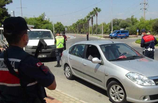 İhlal yapan sürücülere jandarmadan ceza yağdı
