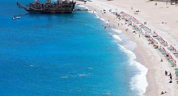 50 yaş üstü İngiliz turist rezervasyonlarında artış