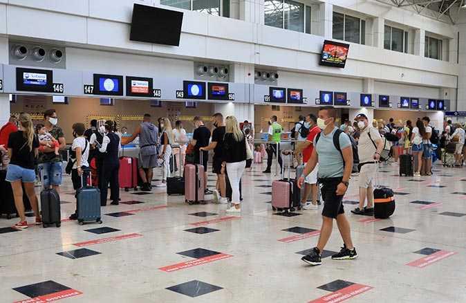 Antalya'nın havayolu yolcu sayısı toplam 10 milyon!
