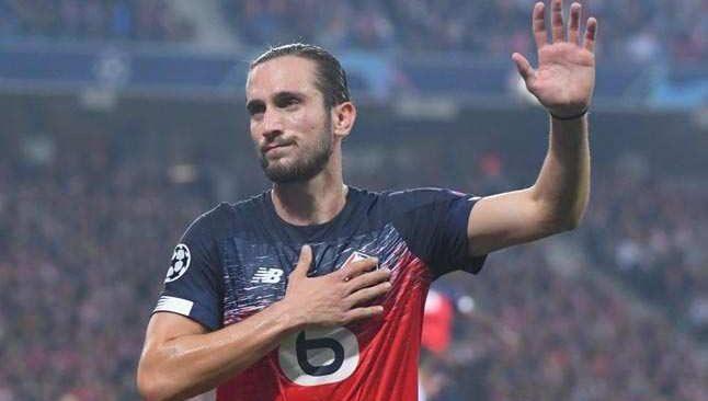 Milli futbolcu Yusuf Yazıcı aralık ayının futbolcusu seçildi
