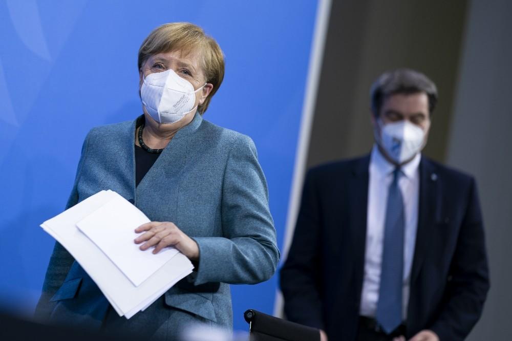Merkel'den aşı müjdesi