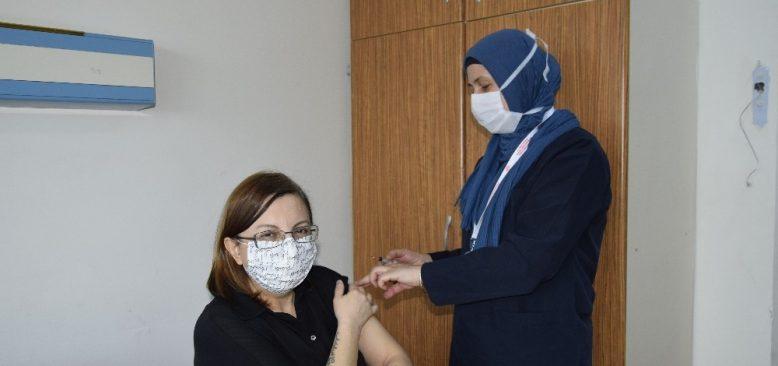 Burdur'da önce randevu sonra aşı