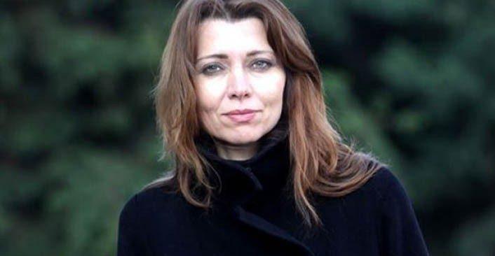 Mahkeme ünlü yazar Elif Şafak'ı bulamıyor
