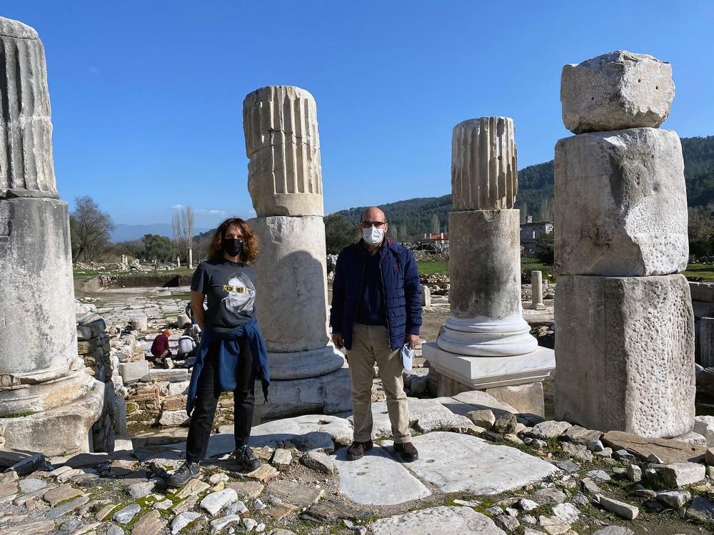 Sertap Erener'den antik kente ziyaret