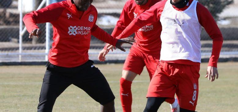 Sivasspor, Antalyaspor maçına hazırlanıyor