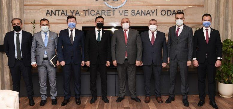 ATSO Başkanı Çetin: Antalya ekonomisinin toparlanması için bankalara büyük iş düşüyor