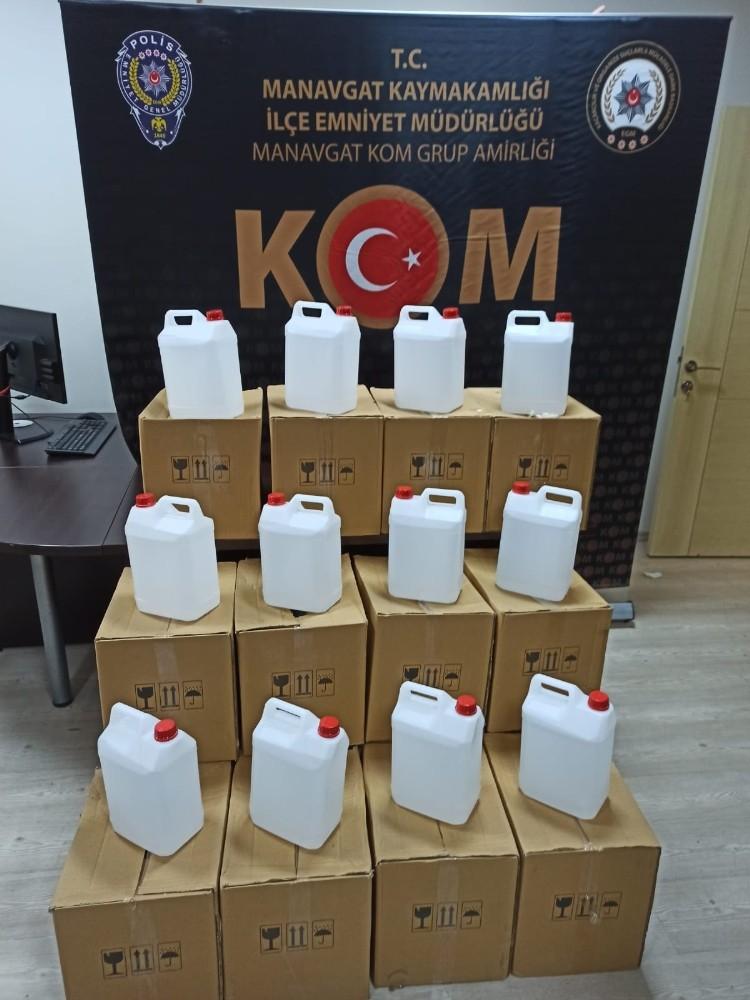 Manavgat'ta sahte alkol operasyonu
