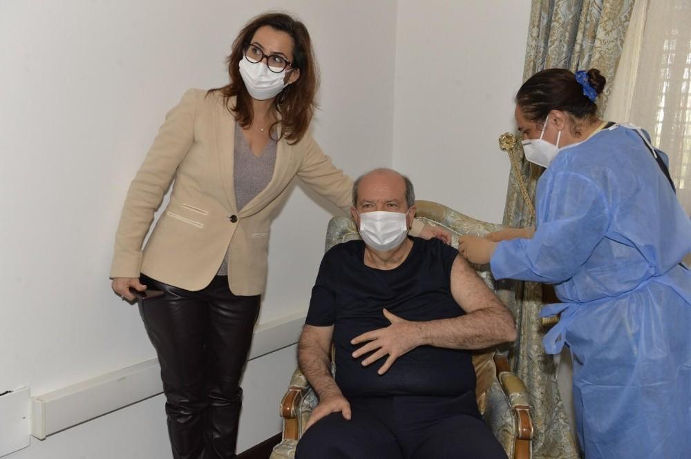 KKTC Cumhurbaşkanı Tatar, ikinci doz Covid-19 aşısını oldu