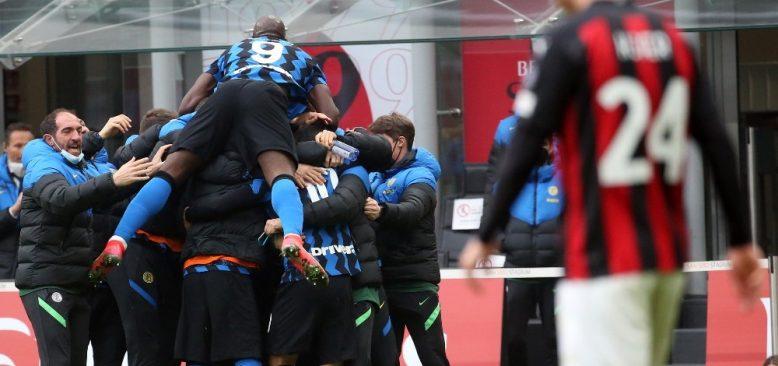 Milano derbisinde gülen taraf Inter oldu