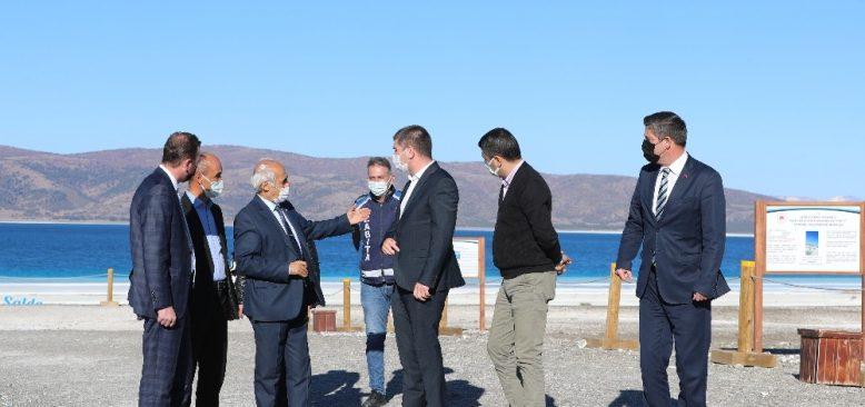 Başkan Ercengiz: Salda Gölü'nde önlem almak zorundayız