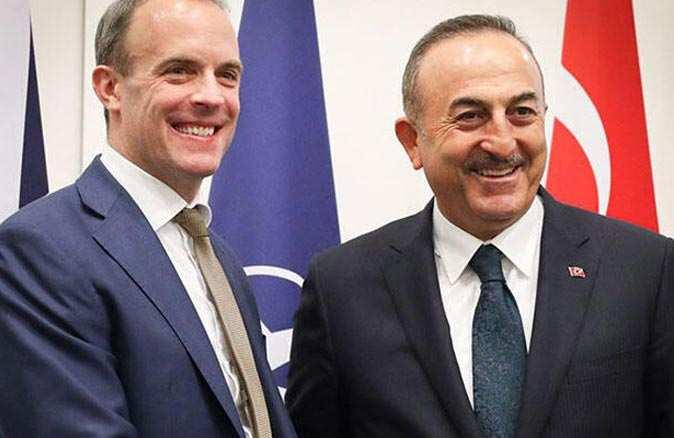 Bakan Mevlüt Çavuşoğlu İngiltere Dışişleri Bakanı ile görüştü