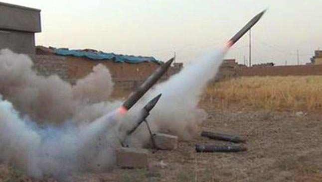 Irak hükümeti: Yeşil Bölge'ye 3 Katyuşa roketi düştü