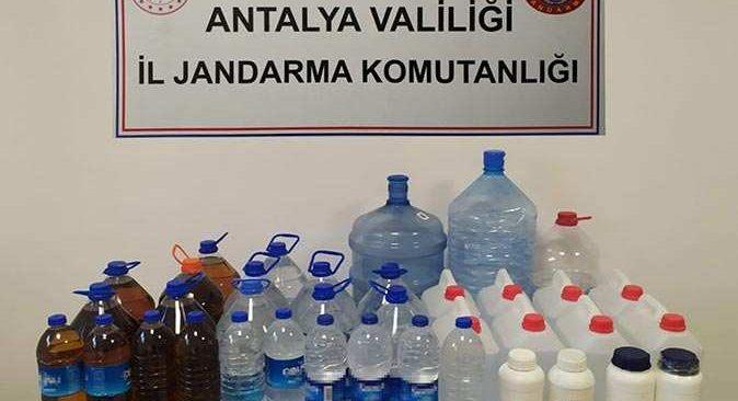 Antalya'daki operasyonda litrelerce kaçak alkol ele geçirildi