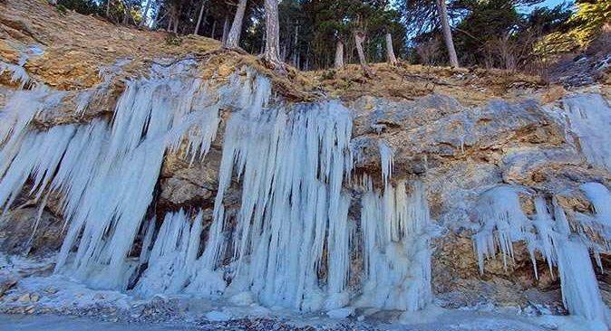 Alanya'da 6 -7 metre uzunluğunda devasa buz kütleleri oluştu