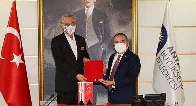 Antalyaspor'dan Büyükşehir Belediyesi ile işbirliği protokolü