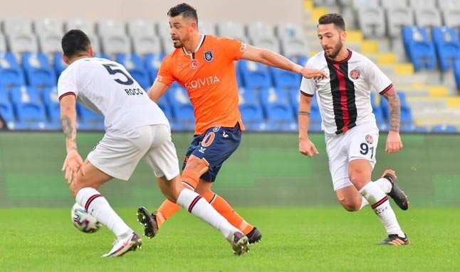 Başakşehir'in galibiyet hasreti 6 maça çıktı