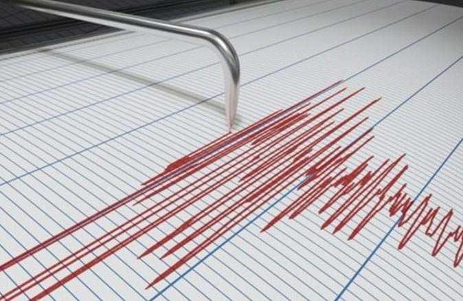 Karaburun'da 3.6 büyüklüğünde deprem oldu