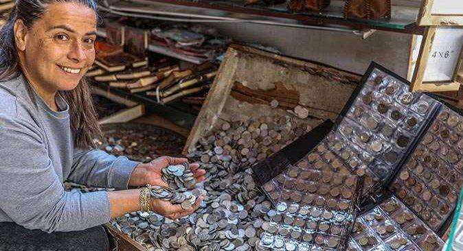 Antalya'da define sandığında satılıyor, yoğun ilgi görüyor