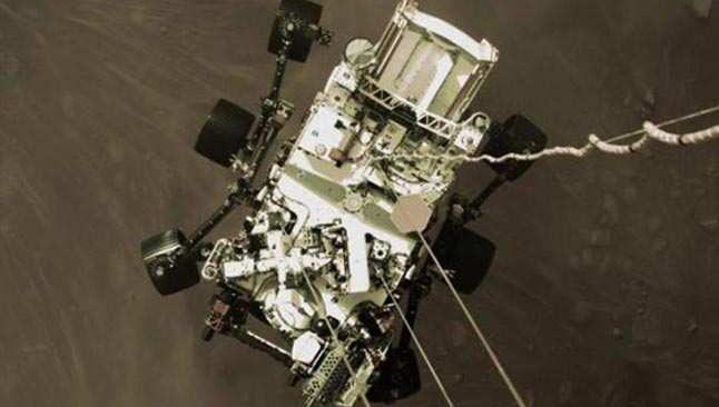 NASA Mars'tan yeni fotoğrafları yayınladı