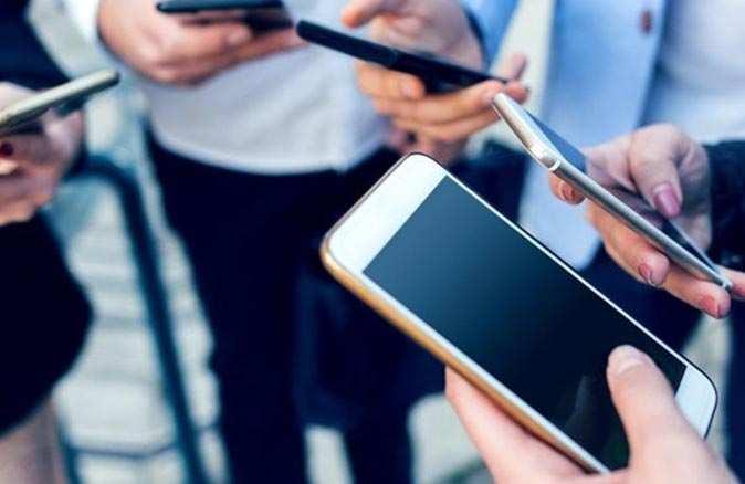 Yurt dışından elektronik cihaz getirenleri ilgilendiriyor! Kayıt süresi uzatıldı