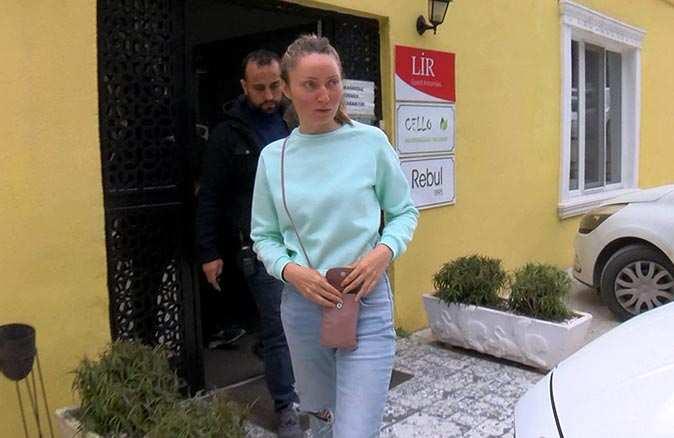 Yürüyüş yapan Rus kadın gasp edildi