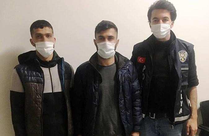 Adana'dan gelip evleri soyan şüpheliler yakalandı