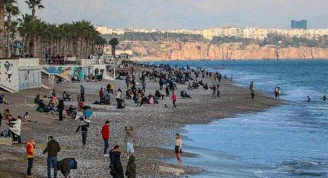 Antalya'da hava açık ve az bulutlu olacak