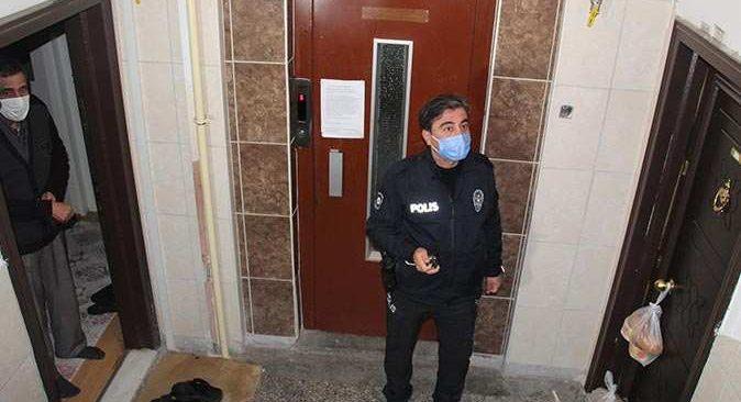 Yaşlı adam kapıyı açmadı, polis harekete geçti