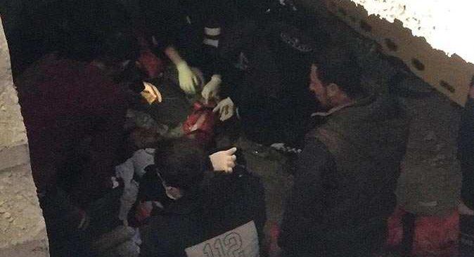 Batman'da asansör boşluğuna düştü, yardımına ekipler koştu