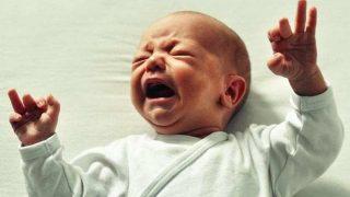 Bebeğiniz sürekli ağlıyorsa dikkat!
