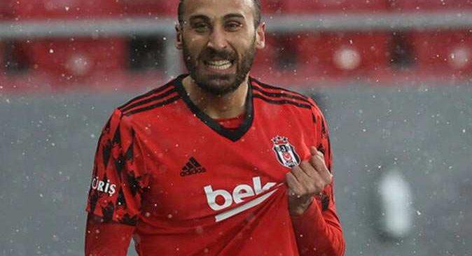 Beşiktaş'ta büyük şok! Cenk Tosun sakatlandı
