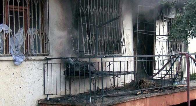 Antalya'da evde şiddetli patlama meydana geldi