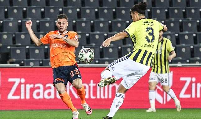 Başakşehir, yarı finale yükselen ilk takım oldu