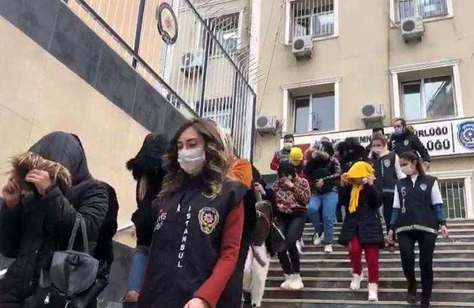 İstanbul'da 'Ponçikler' isimli fuhuş çetesi çökertildi