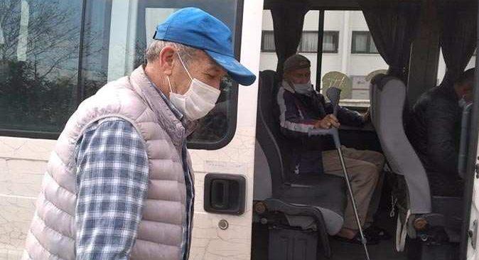 Kemer Belediyesi onlarca hastayı hastanelere götürdü