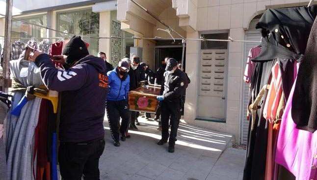4. kattan düşen genç kız hayatını kaybetti