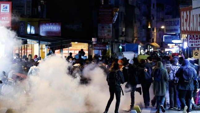 Kadıköy'de çok sayıda gözaltı
