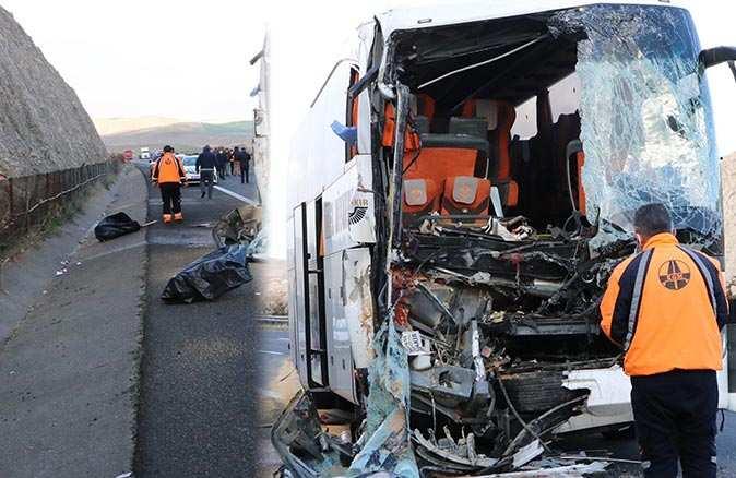 Antalya-Şanlıurfa otobüsünün yaptığı kaza sonucu yaşamını yitirenlerin kimlikleri belli oldu