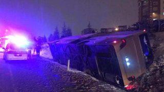 Samsun-Ankara karayolunda yolcu otobüsü devrildi: Yaralılar var!