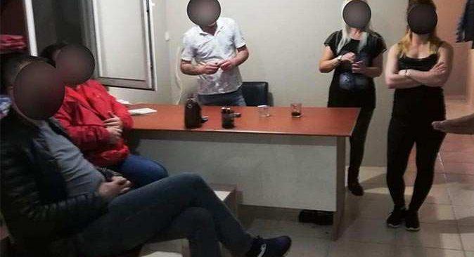 Antalya'da SPA merkezine polis baskını: 22 bin 50 TL ceza kesildi