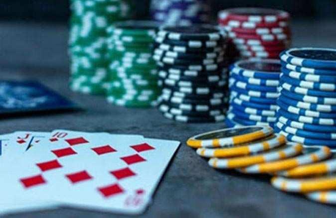 Kumluca'da kumar oynayan şahıslar suçüstü yakalandı