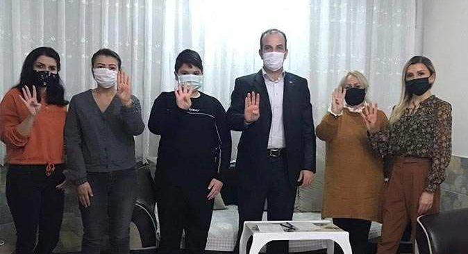 AK Parti Konyaaltı İlçe Başkanı Tayfun Bayar ve Azerbaycan Halklar Dostluğu Derneği Başkanı Lale Hesenova'dan Azerbaycanlı aileye ziyaret
