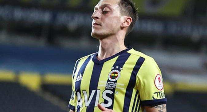 Mesut Özil ilk kez 11'de sahaya çıkacak
