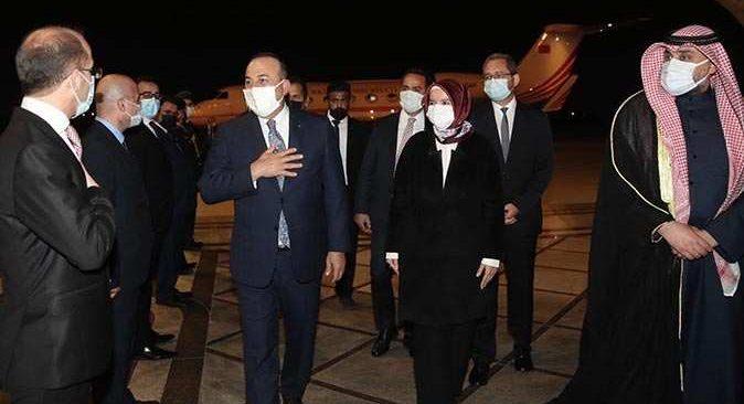 Dışişleri Bakanı Mevlüt Çavuşoğlu Kuveyt'te