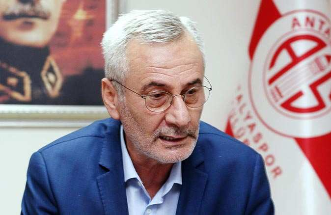 Mustafa Yılmaz 3 kurumun başkanı olarak Antalyaspor'da bir ilke imza atacak